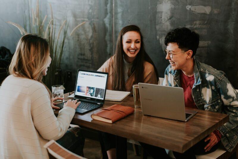 大学生がバイト以外でお金を稼ぐ5の方法