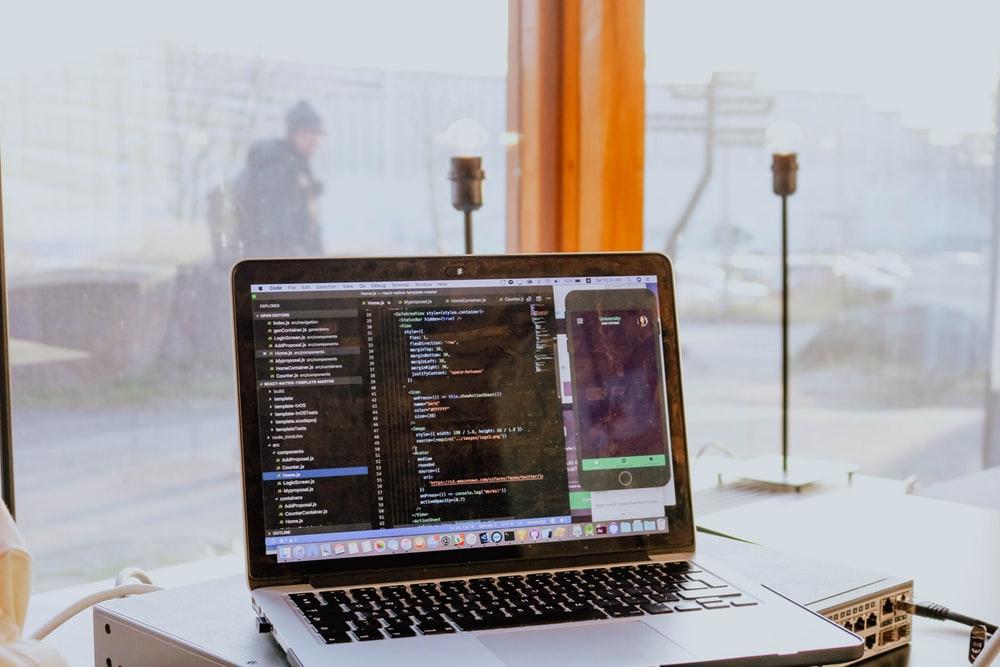 プログラミングのアルバイトの写真